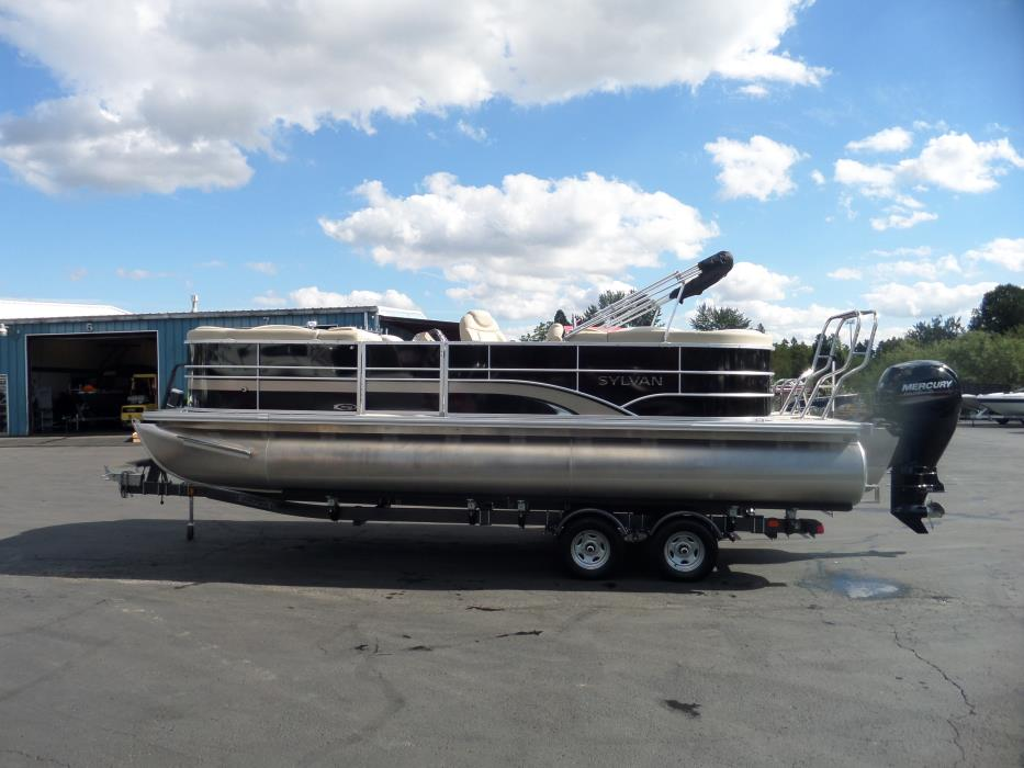 2016 Sylvan Pontoon 8522 MIRAGE