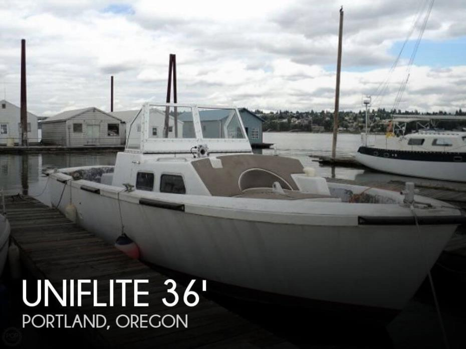 1980 Uniflite 36 LCPL Landing Craft Personnel Boat