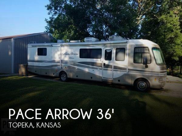 2000 Fleetwood Pace Arrow Vision 36Z