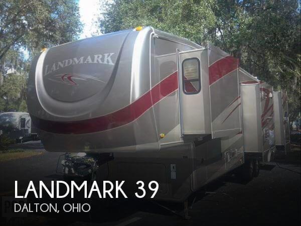 2010 Heartland Landmark 39