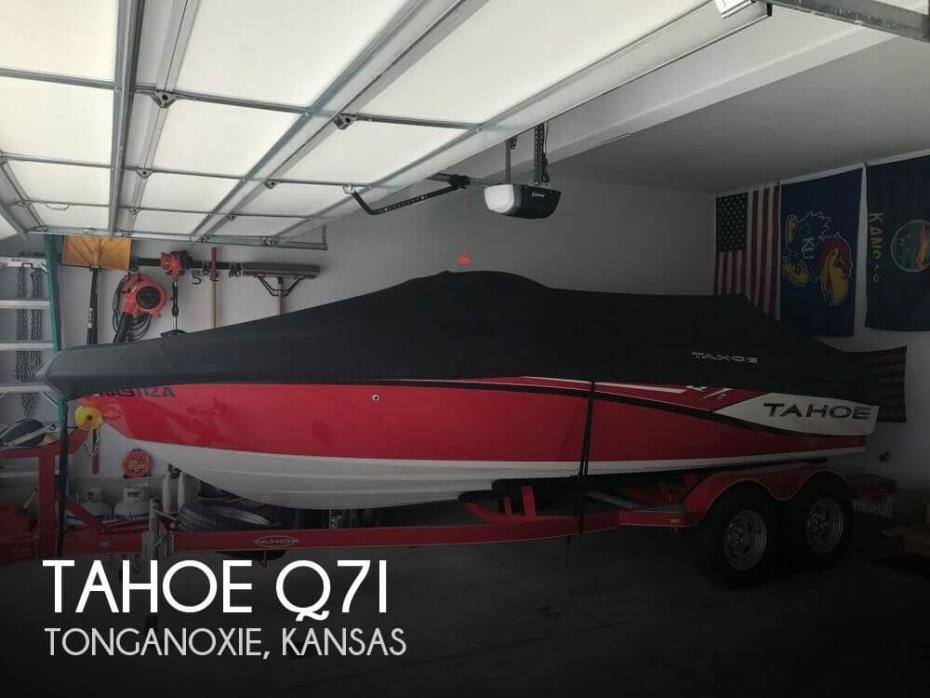 2015 Tahoe Q7i