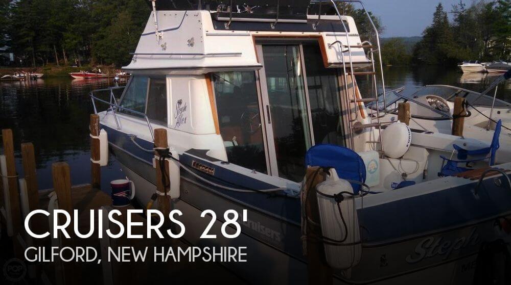 1986 Cruisers Yachts 298 Villa Vee