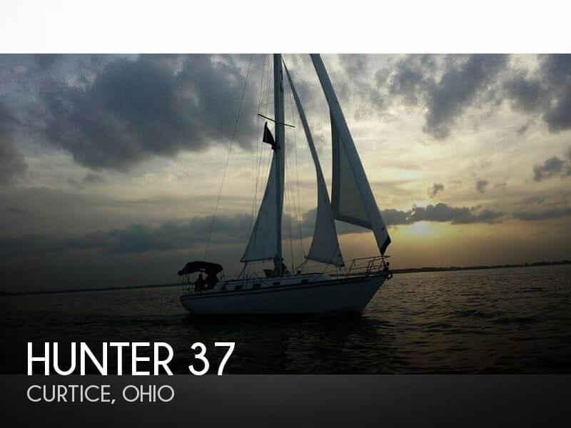 1981 Hunter 37