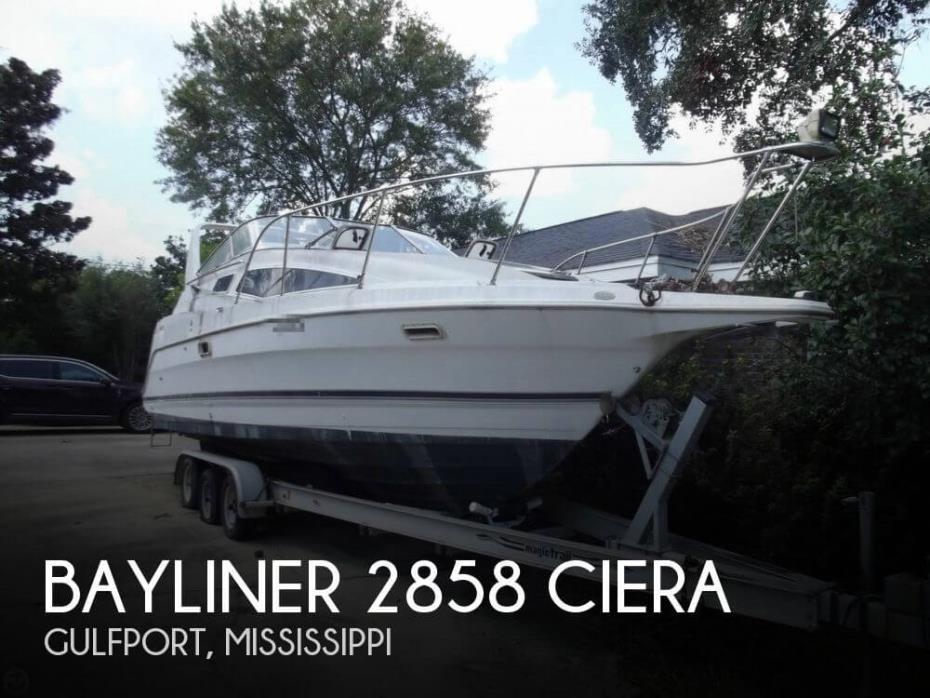 1998 Bayliner 2858 Ciera