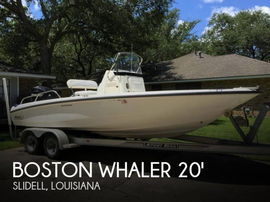 2010 Boston Whaler Dauntless 200